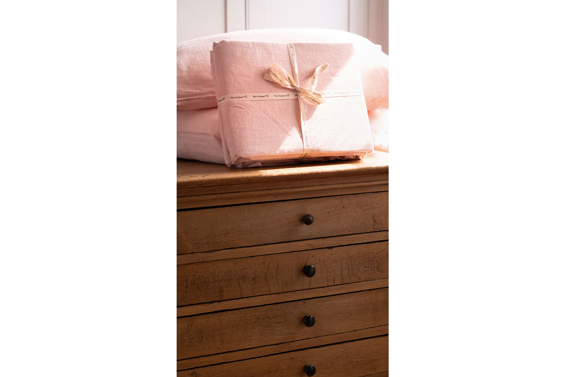 parure-drap-rose-petale