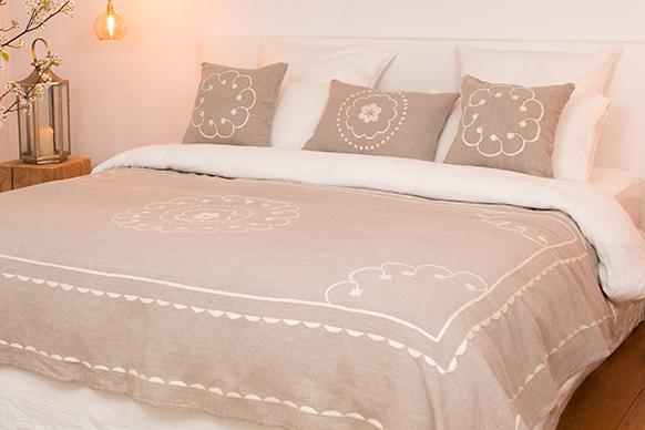 Boutis couvre-lit en lin