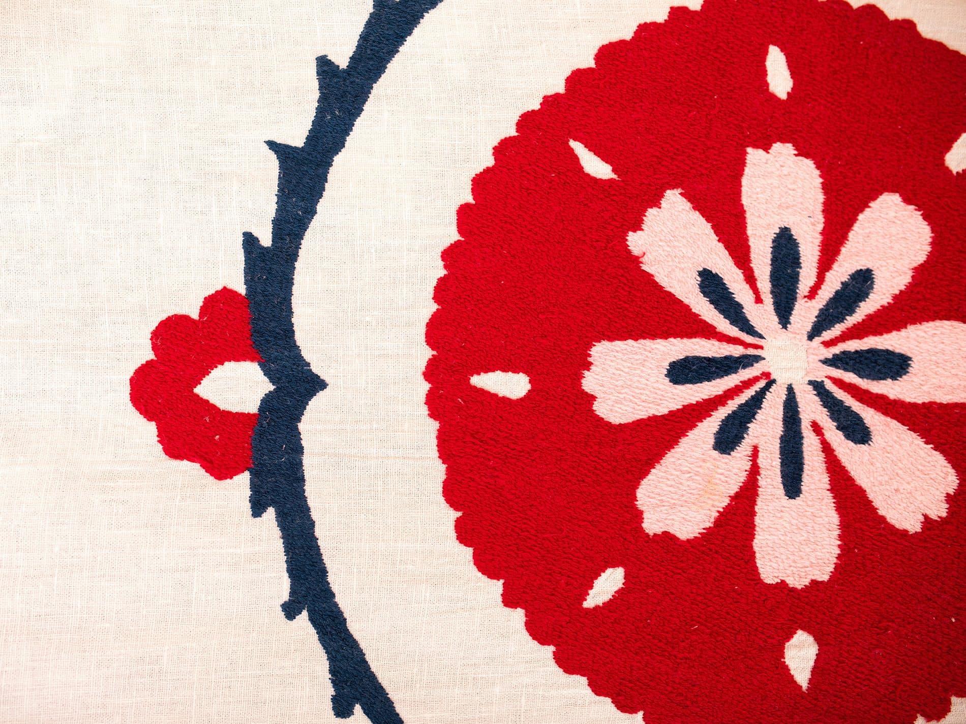 Couvre lit ethnique Anor détail fleur