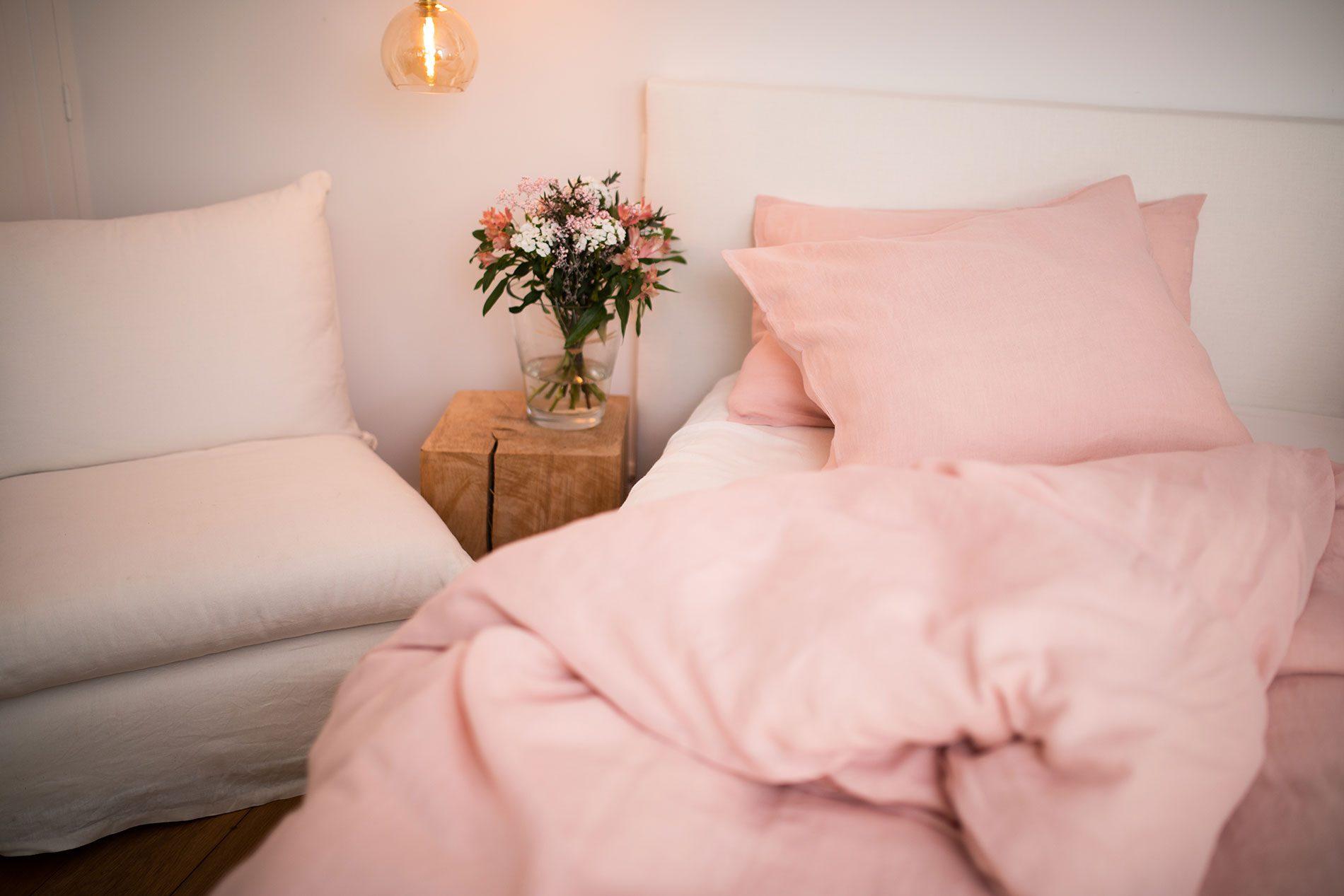 Linge de lit en lin lavé rose